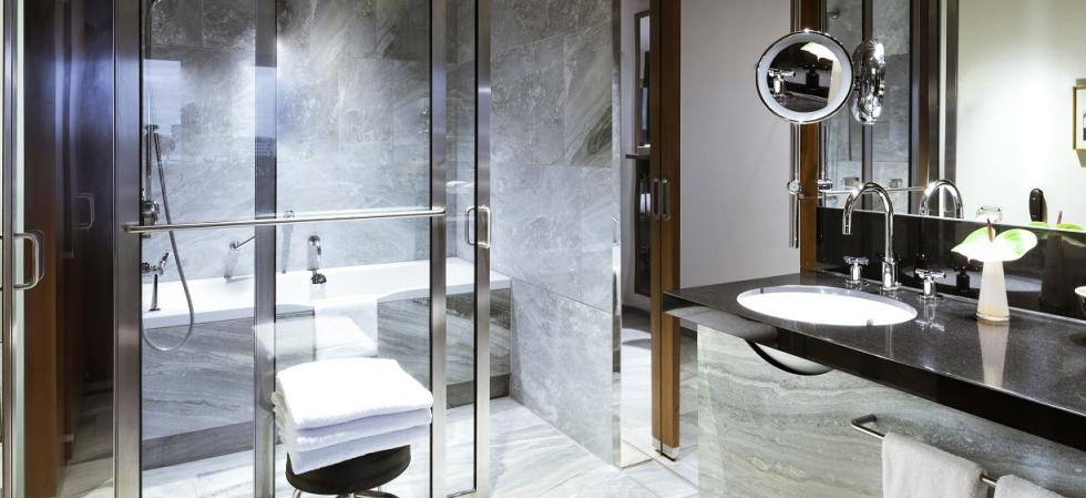 Grand Hyatt Berlin bathroom