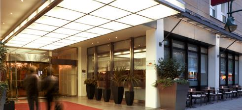 hotel entrance crowne plaza city centre berlin